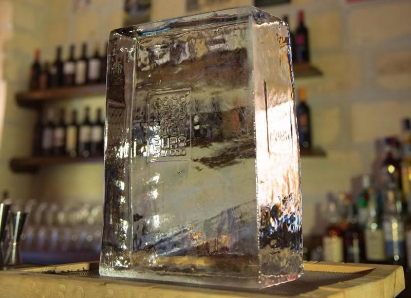 redattori licheri blocco puro ghiaccio