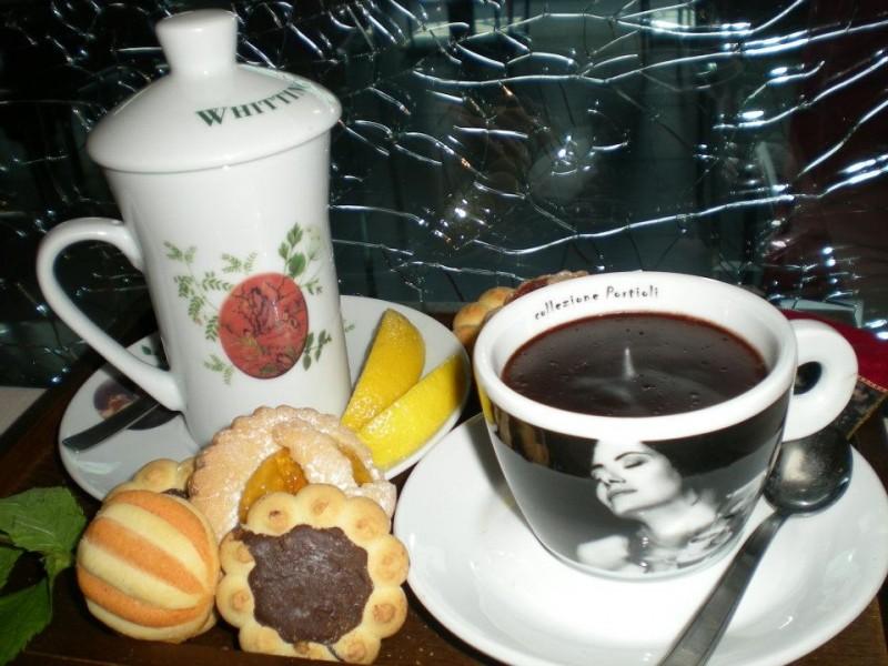 tè caldo a roma