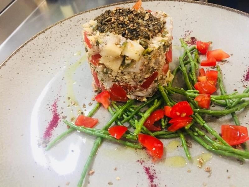 i migliori ristoranti nascosti a roma cru.dop wine bar pesce crudo quadraro ostriche frutti di mare dadolata