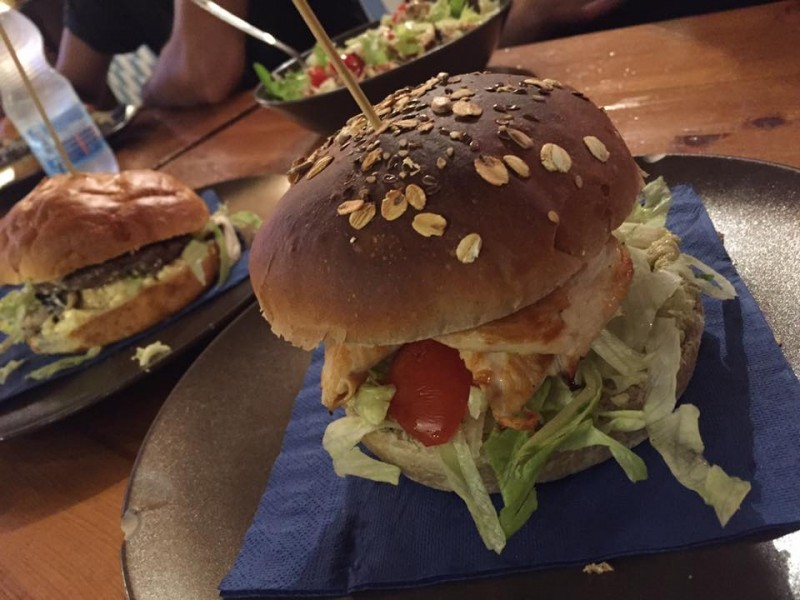 hamburger oktoberfest di bari