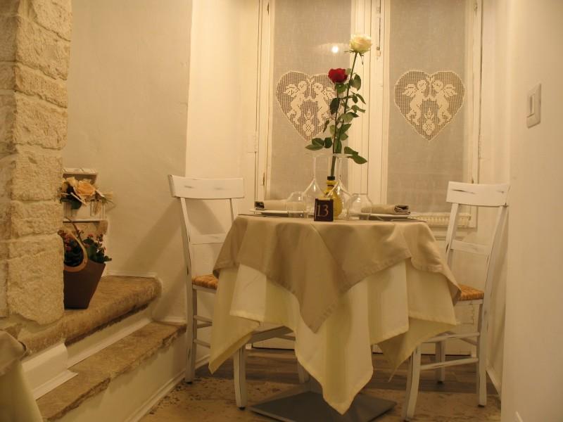 piazza vecchia del cenobio tavolo romantico