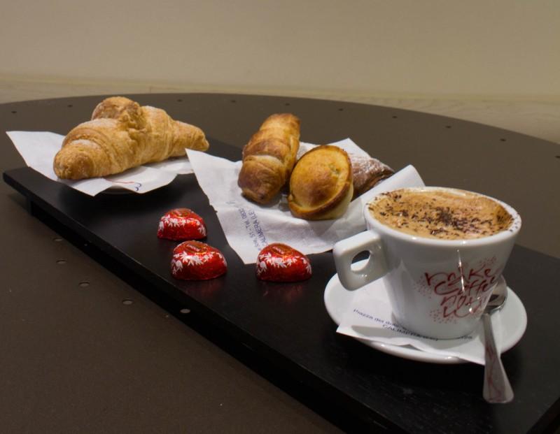redattori licheri caffè vittoria colazione 2