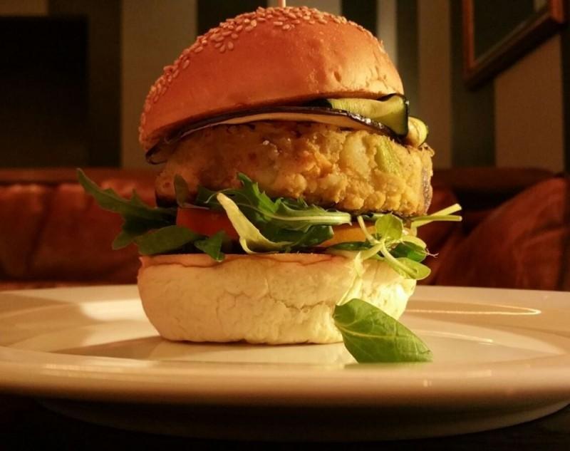 hamburger couch bari