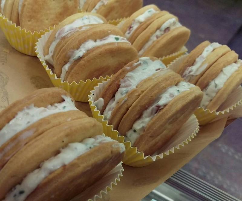 macarons di oriente bari https://www.facebook.com/oriente.rosticceria?fref=photo