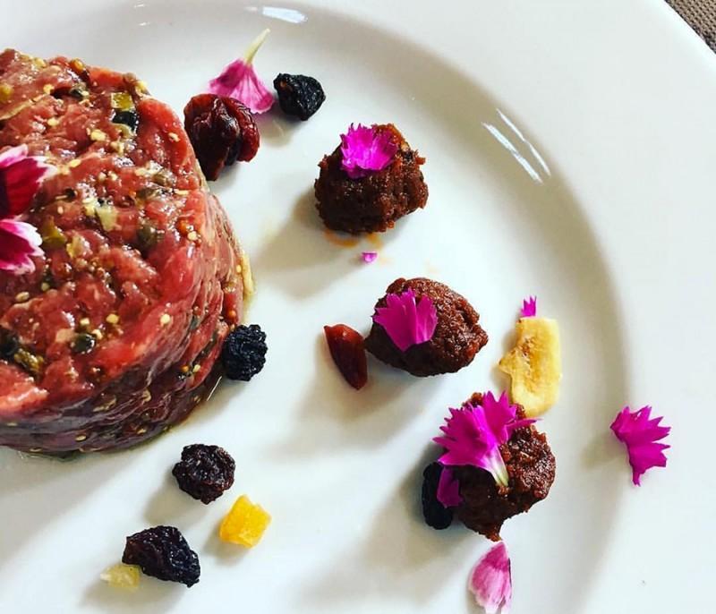 rotonda bistro tartare di carne milano  https://www.facebook.com/rotondabistromilano/