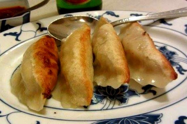 mr chow ristorante cinese esquilino roma dumpling ravioli piastra migliori take away cinesi a roma