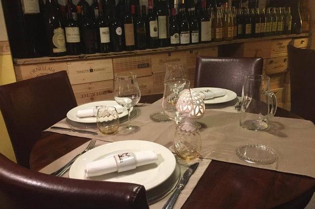 locali gambero rosso lecce 2016, osteria degli spiriti  https://www.facebook.com/osteria.spiriti/photos/pb.1375733669422681.-2207520000.1449834219./1486002001729180/?type=3&theater