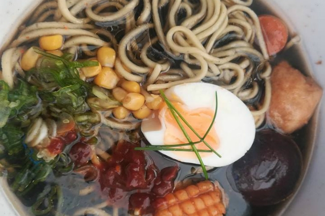 waraku ristorante giapponese roma prenestino miei ramen preferiti a roma ramen shoyu soia noodles brodo cena bistrot