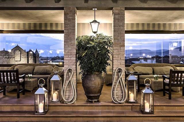 b-roof american bar hotel baglioni firenze nuove aperture foto fornita dall'ufficio stampa