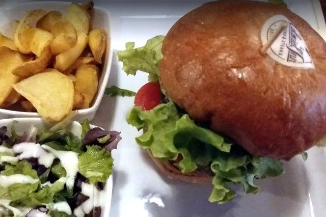 colonial inn burger vegetariani