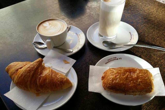cristalli di zucchero pasticceria monteverde colazione a roma migliori colazioni cornetto cappuccino