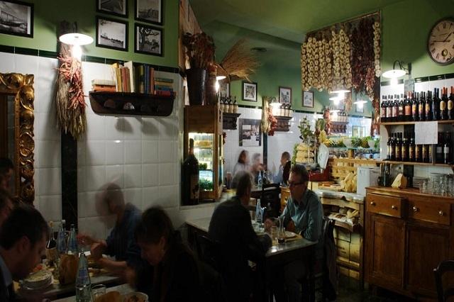 osteria del nacchero firenze http://www.osteriadelnacchero.it/atmosfera.asp