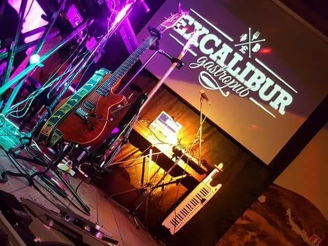 excalibur canosa di puglia musica live
