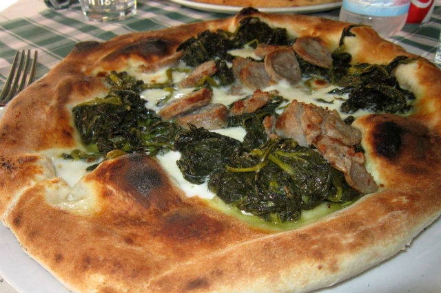 mangiare pizza napoletana a milano
