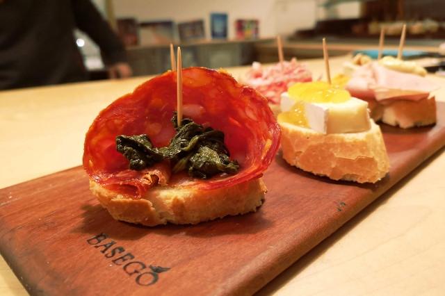 venezia cicchetti vino basego aperitivo osteria bacaro prosecco mangiare spritz
