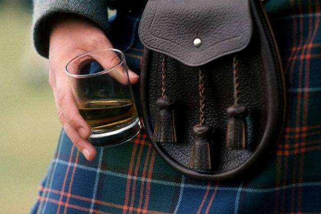 le 3 enoteche di napoli dove bere whisky