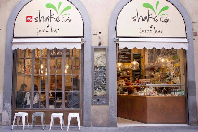 juice bar firenze shake https://www.facebook.com/shakefirenze/photos/a.1676808062558019.1073741830.1398807140358114/1676808745891284/?type=3&theater