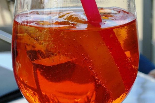 I migliori spritz del veneto che tu sia da aperol o da for Bicchiere da spritz