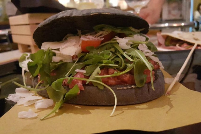 black burger veneto