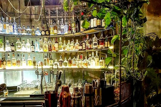 la scimmia cocktail experience tiki bar migliori roma alberone san giovanni tiki cocktails mai thai