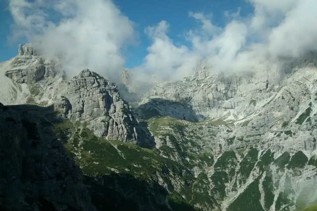 val canzoi