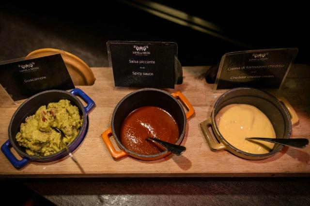 sapori dal mondo pulled pork bbq cucina tex mex ristorante roma allyoucaneat hotel a.roma casaletto salse