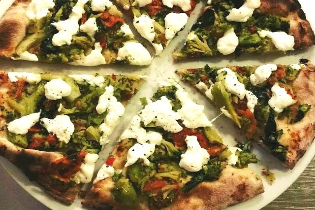 in fucina cena fuori a portuense pizza pizzeria gourmet ristorante roma