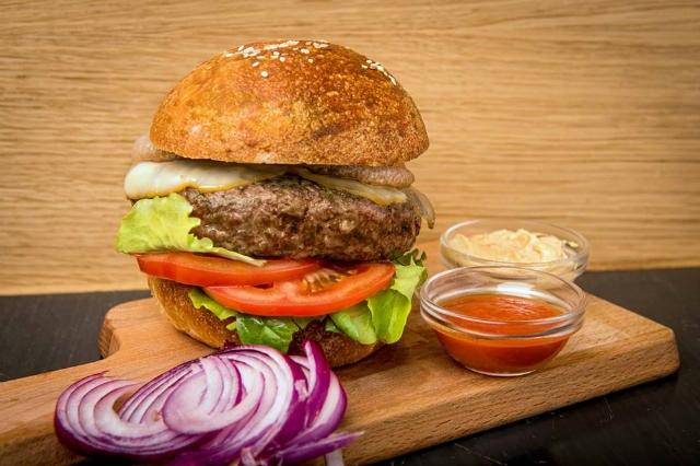migliori ristoranti take away di roma trattoria da neno hamburger delivery consegna a casa cibo cena