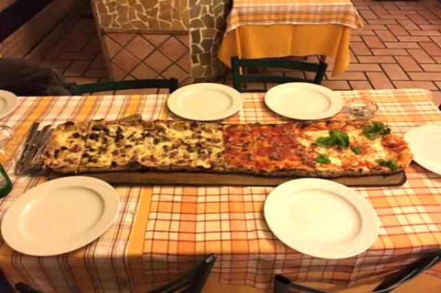 isola d'oro fiumicino pizza al metro migliori pizzerie sul mare di roma pizza alla pala cena fuori gusti unici