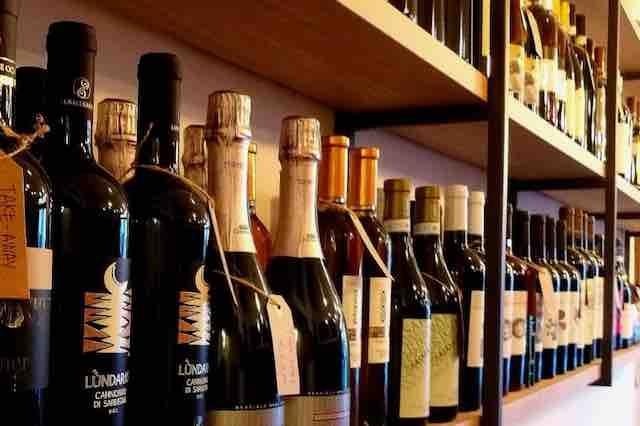 caffineria milano vino