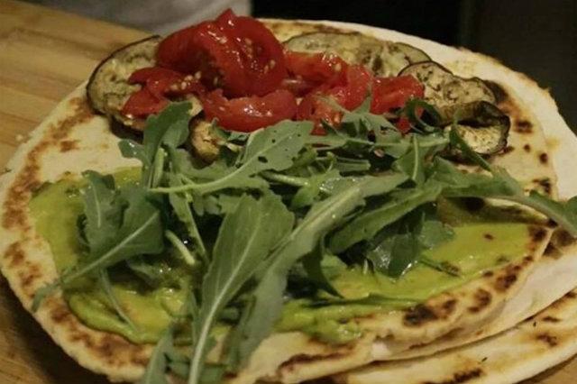 dove mangiare piatti emiliani e romagnoli a lecce e provincia, piadina, piadina salentina