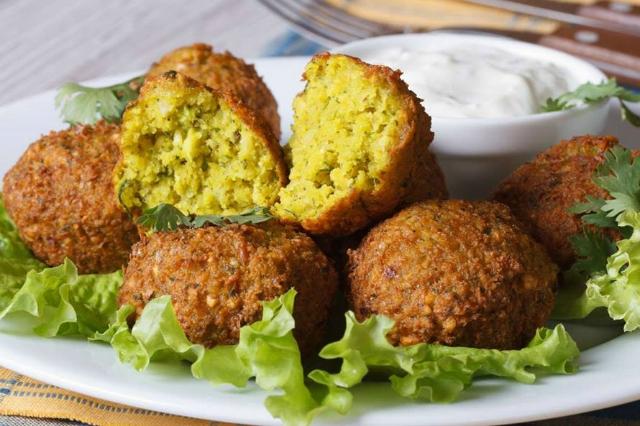 mezè bistrot monteverde migliori ristoranti cucina mediorientale a roma falafel