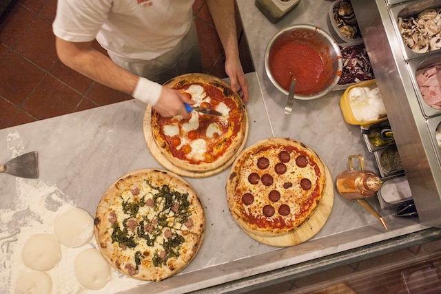 le carceri pizze firenze https://www.facebook.com/lecarceri/photos/a.1332259090203317.1073741832.154463764649528/1332260060203220/?type=3&theater