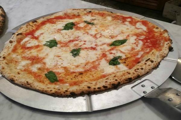 pizza margherita da michele pizzeria napoletana roma via flaminia nuova sede apertura novembre 2016