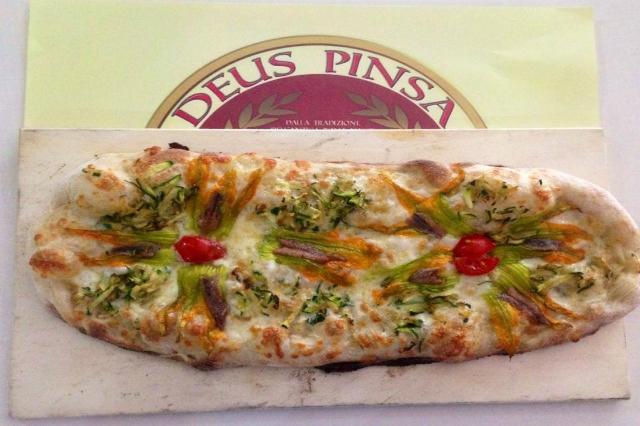 deus pinsa ricetta della vera pinsa romana locali dove mangiare la pinsa pinsa all you can eat a volontà quadraro roma