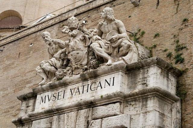 cosa fare ad agosto a roma ferragosto musei vaticani apertura serale notturna cultura a roma visite guidate tour