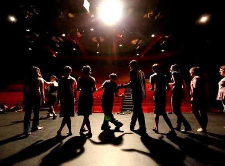 teatro abeliano bari https://www.facebook.com/teatri-di-bari-131105216909310/timeline/