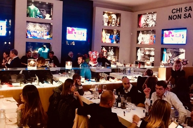osteria del calcio firenze https://www.facebook.com/fashionfoodballerosteriadelcalcio/photos/a.1045597498847346.1073741829.982638901809873/1872307506176337/?type=3&theater
