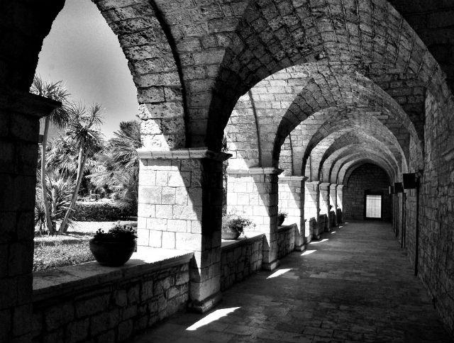 monastero trani chiesa monumento storia foto da flickr https://www.flickr.com/photos/unita36/3523813256/in/photolist-8dkenq-dbenn5-amqfpf-ecncej-ecgay8-amfg7y-amctxh-dbejye-9ag4ot-fadefw-6nosuy-dc8czk-fjcpt-9pqbdu-dbeklj-amctvd-8mknpc-ast5ks-dc8dwg-asqvbr-astusj-asgm7d-asfxzc-3eswmj-astewc-asqvik-asjh71-asfgda-asfaa4-astnkb-asqez6-astbuu-astrcd-asituh-asqn6v-dbehz6-asikaa-asteq3-asiu2b-asguzf-95cfhj-8dxs4r-8u7waf-6xcmsu-mdserz-9dryhv-6x8mwg-bsdm1a-6g3oo9-6fyhlp/