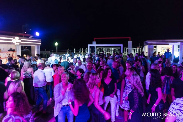 mojito beach riccione https://www.facebook.com/31622992894/photos/a.10154706715752895.1073741946.31622992894/10154706718902895/?type=3&theater