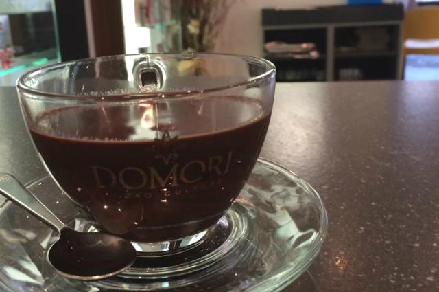le migliori cioccolate calde a roma https://www.facebook.com/barmontiroma/photos/a.1472768262982762.1073741829.1466611106931811/1517875341805387/?type=3&theater