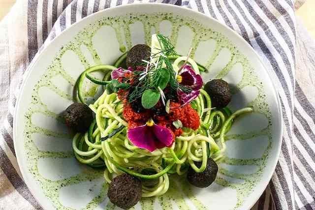milano via castaldi porta venezia mantra raw vegan vegano crudista ristorante cena pranzo colazione