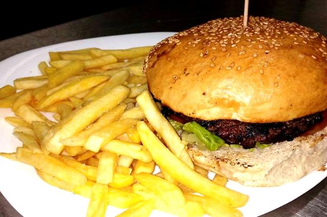 breweat hamburger patatine birrerie ristoranti monteverde cena fuori 7 locali roma