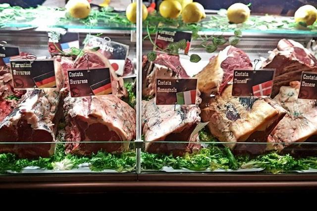 migliori bistecche alla fiorentina roma carne alla brace i carnivori tuscolano