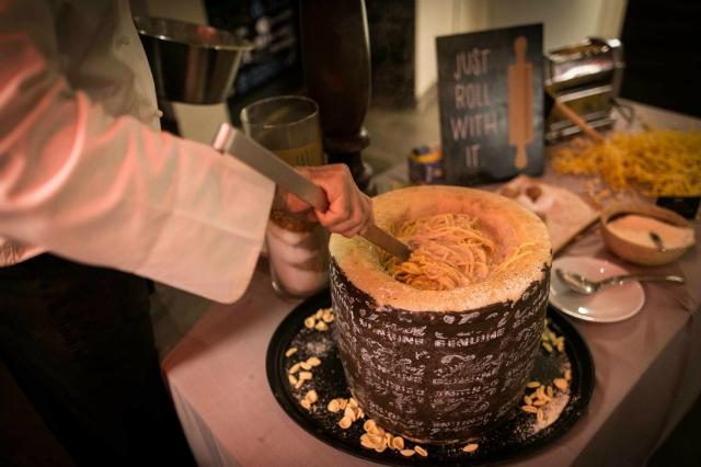 sapori dal mondo pecorino cacio e pepe pasta cucina italiana primi piatti allyoucaneat roma hotel a.roma casaletto