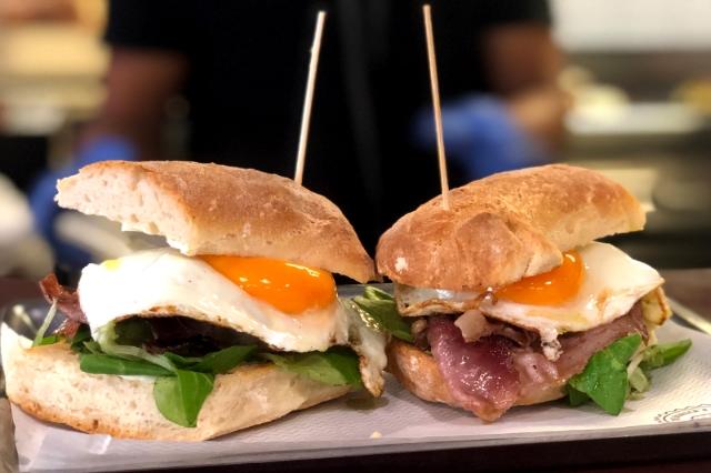 fonzie's the burger house ristoranti dove andare a cena metropolitana piazza bologna roma kosher