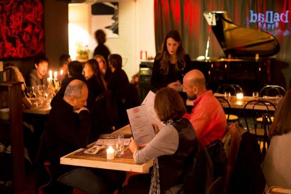 ballad cafè san lorenzo mura aureliane musica dal vivo jazz musica classica bistrot colazioni aperitivo pranzo cena dopo cena cocktail birre artigianali nuove aperture novembre 2016 roma