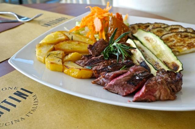 ciclostazione frattini roma ristorante portuense cena aziendale natale roma tagliata di carne