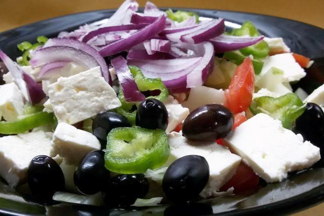 salade grecque bistrot flambeaux
