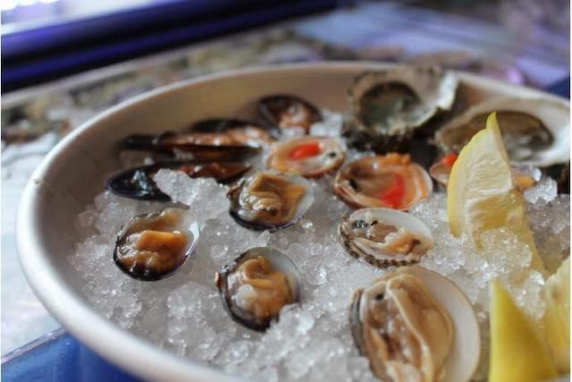 brutti di mare ostriche foto fb